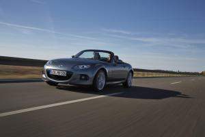 690303_Mazda_MX-5_Facelift_2012_action_07