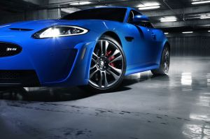 xkr-s_12my_coup__static_050111_03_LowRes