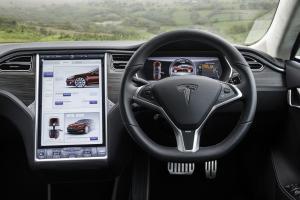 875889_Tesla_Wales_May2014_1471