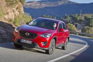 973834_100315maz_2015_mazda_cx5_action_19
