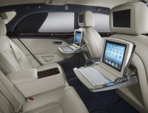 641972_iPads_interior