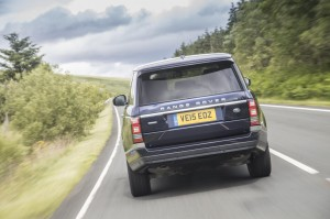 cropped-1059522_range_rover_my16_023.jpg