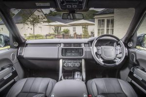 cropped-1059494_range_rover_my16_030.jpg