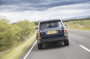 cropped-1059518_range_rover_my16_022.jpg